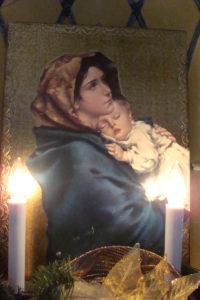 madonna and santa 002